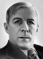 Николай Асеев - У подрисованных бровей...